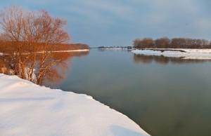 кубань в декабре, еще немного и река покроется льдом