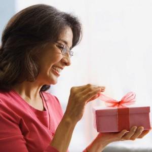 подарок должен быть маме