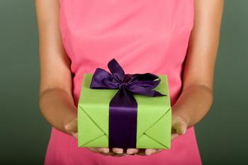 Всем хочется получить красиво запакованный подарок!