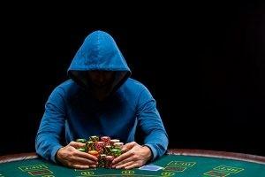 Покер: удача или расчет?