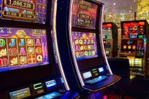 Играем в онлайн казино azino777