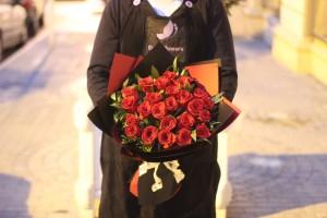 Где купить розы и подарки к 8 марта