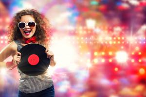Как можно скачать песню бесплатно?